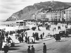Ceredigion Museum calls for seaside holiday photographs for a new exhibition